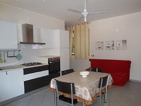 Casa vacanza appartamento orange pozzallo ragusa for Appartamenti in affitto privati